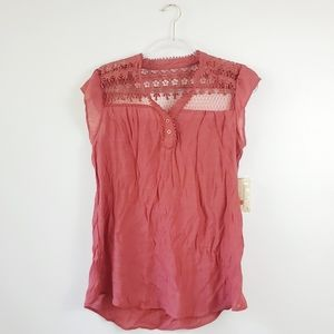 New Sweet Wanderer Maternity Lace Shoulder Top